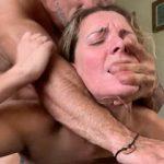 Grubo seksanje sa milf droljom