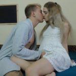 Karanje mlade Ruskinje analno